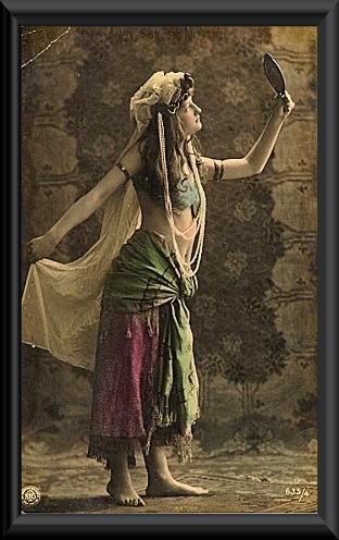 Fabulous Friday – Vintage 'Gypsy' Photo