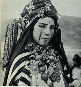 Fabulous Friday – Berber Woman